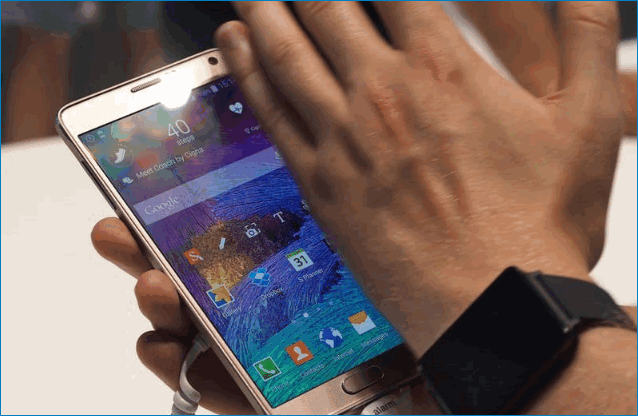 Скриншот ладонью на Samsung J4